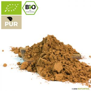 Organic Criollo Cocoa Powder in Sprinkler